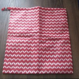 Thirty-one Timeless Memory Pouch Chevron Dash